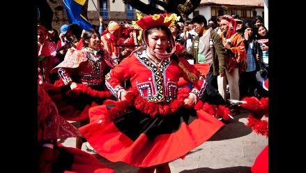 Con concurso de danzas y recitales continúan festejos por Machu Picchu