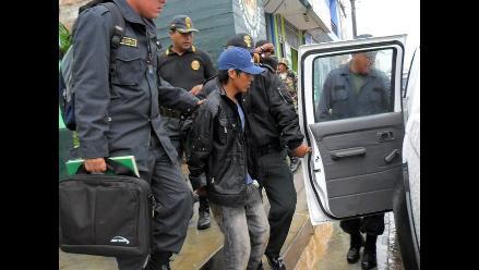 Mujer arranca la mitad de lengua a violador en Chimbote