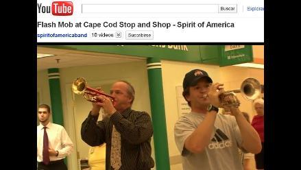 YouTube: Estadounidenses celebraron Día de la Independencia con´flashmob´