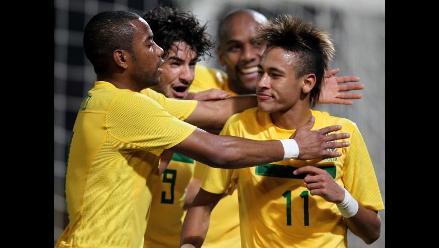 Vea cómo consiguió Brasil su primer triunfo en la Copa América 2011