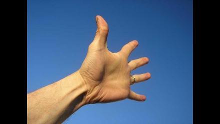 El Dato Era Tabú: el tamaño del pene está en los dedos de la mano