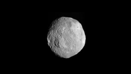 Sonda espacial Dawn se encontrará luego de 4 años con asteroide Vesta