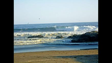 Advierten presencia de oleajes anómalos en el litoral sur en Pisco