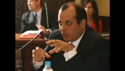 Ejecutivo acepta renuncia del viceministro de Hacienda