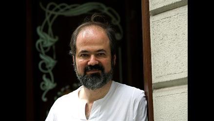 Juan Villoro: Nuevo libro es sobre el terremoto que viví en Chile