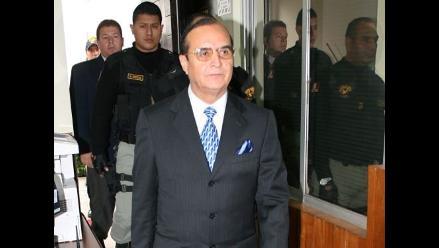 Exsecretaria de Montesinos asegura que entregó dinero a Raffo