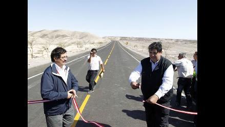 Advierten que carretera inaugurada por presidente García no está culminada