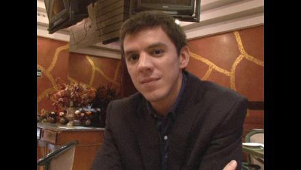 Carlín continúa polémica por presencia de Corbacho en Feria del Libro