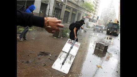 Detienen a 23 estudiantes chilenos que intentaron tomar sede de Unicef
