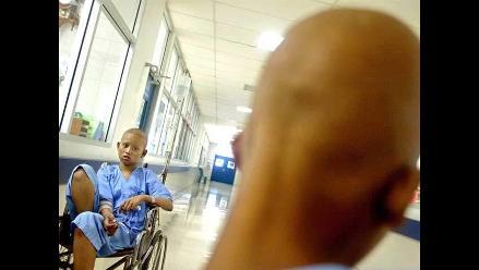 Ayuda para adolescente con cáncer linfático