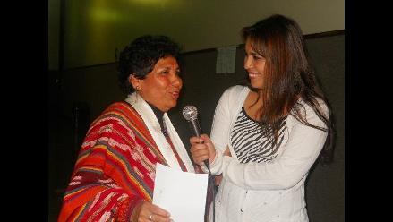 Martina Portocarrero en homenaje a la patria en La Molina