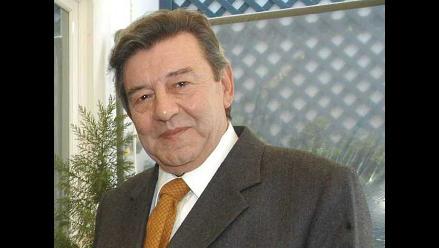 Roncagliolo afirma que gasto militar de Chile es desproporcionado