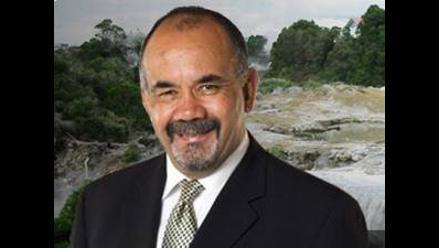 Diputado neozelandés propone castigar a suicidas después de muertos