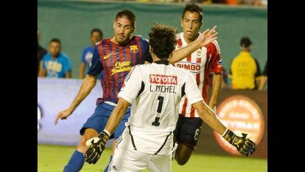 Reviva la goleada de Chivas sobre Barcelona en inolvidables postales