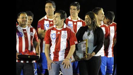 Salvador Cabañas está emocionado por homenaje que recibirá en México