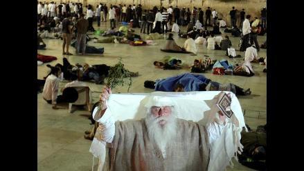Judíos ortodoxos conmemoran el día más oscuro de su calendario