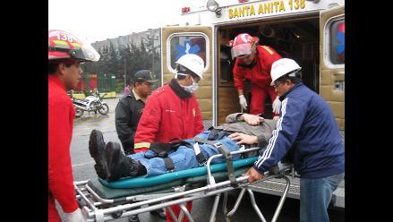 Dos policías mueren en choque entre tractor y motocicleta en Iquitos