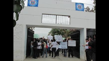 Cuestionan falta de docentes en sede de Universidad Nacional de Piura