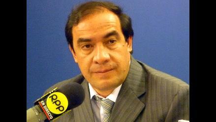 Lescano demanda estudio para verificar manejo financiero en EsSalud