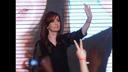 Presidenta argentina agradece triunfo y llama a la unidad