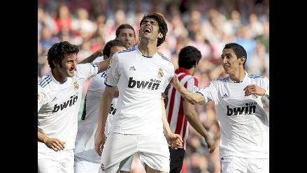 Milan renuncia a posible fichaje del brasileño Kaká