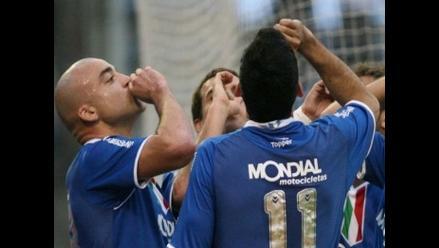 Vélez Sarsfield vuelve a la senda del triunfo y golea a Banfield 3-0