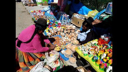 Puno: Realizan feria artesanal con trueque en frontera Perú Bolivia | RPP Noticias