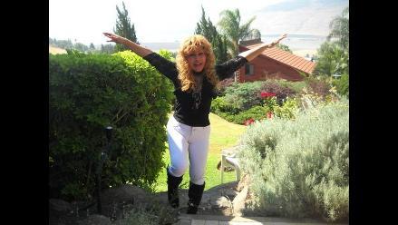 Tigresa del Oriente canta Nuevo amanecer en inglés