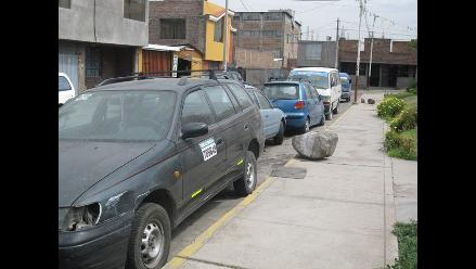 Capturan a tres personas y recuperan vehículo robado en Arequipa