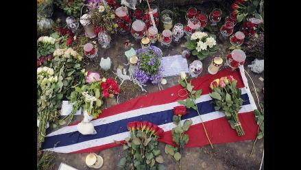 Los sobrevivientes de la masacre de Breivik vuelven a la isla de Utøya