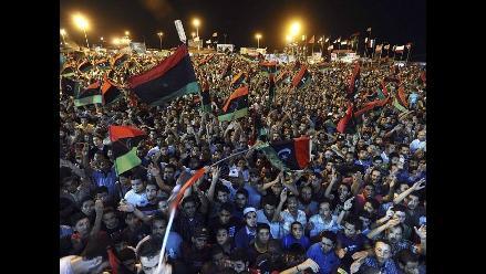 Estados Unidos cree que Muamar el Gadafi sigue en Libia