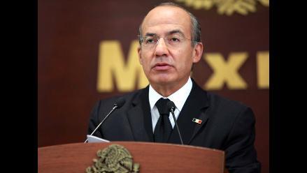 Calderón pide a EEUU detener venta de armas a narcotraficantes en México