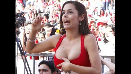 Larissa Riquelme hizo un semi-topless en programa de Marcelo Tinelli