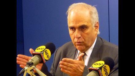 Marcial Rubio admite ser rector de facto de la PUCP