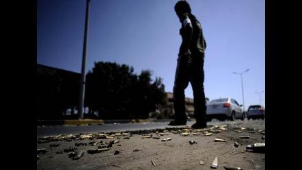 Inútil llamada a negociar de Gadafi, mientras Trípoli recibe ayuda