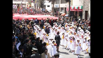 Imágenes de la Procesión de la Bandera Nacional en Tacna