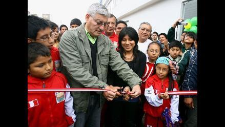 Deysi Cori amadrinó Escuela Municipal de Ajedrez en El Agustino