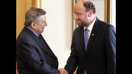 Cancilleres de Perú y Chile reafirman adhesión a La Haya