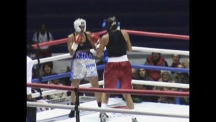 Kina Malpartida ganó pelea contra Tiffany Ward en Cusco