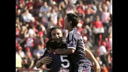 Chivas lidera en México y Santos destituye a técnico Diego Cocca