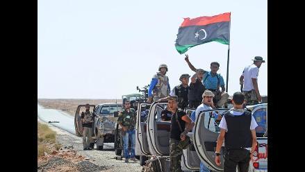 Líder de los rebeldes libios llegó a Trípoli