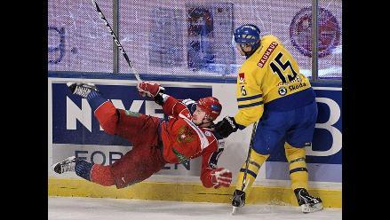 Muere el jugador de hockey que sobrevivió a accidente aéreo en Rusia