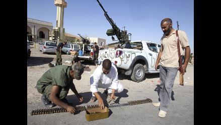 Gadafi insta a luchar hasta la muerte en nuevo mensaje