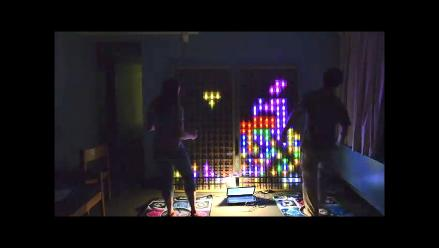 Lanzan video de juego Tetris en un panel de LEDs