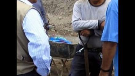 Quillabamba: Más de 40 obreros impagos toman local de empresa Neiko