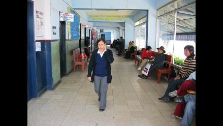Chimbote: Trabajadores clausuran oficinas de hospital La Caleta
