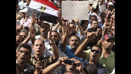 Egipto se lanza a rescatar su turismo tras la revuelta de febrero