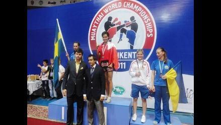 Antonina Shevchenko obtiene título mundial de muay thai en Uzbequistán