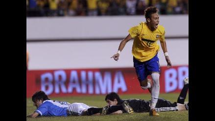 Brasil derrota 2-0 a Argentina con Neymar como figura en Superclásico