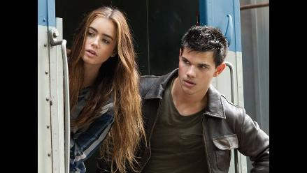 Taylor Lautner promociona su protagónico en la película Sin salida